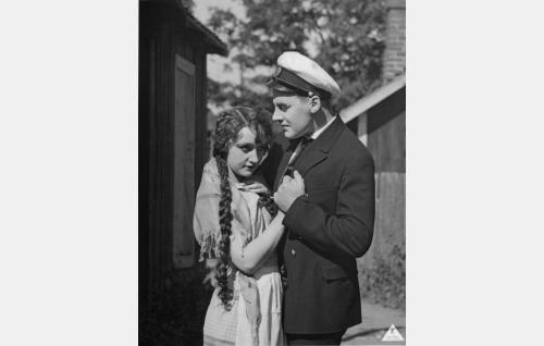 Lillian Järnefelt ja Joel Rinne.