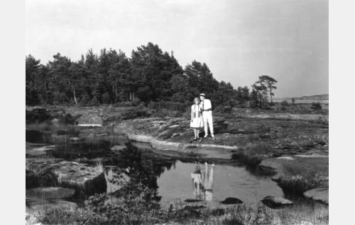 Paavo Costiander ja Ellen Sylvin.