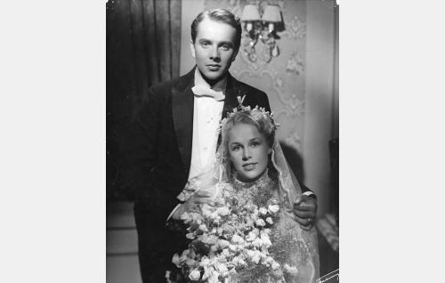Sakari Halonen ja Eija Inkeri.