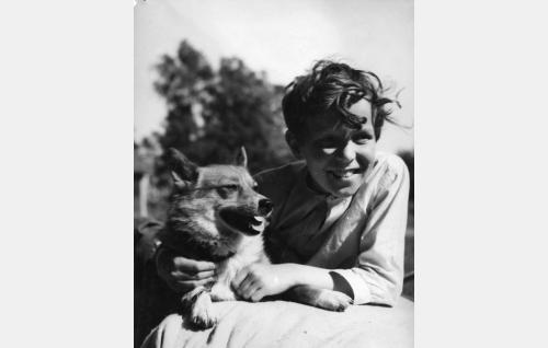 Veli-Matti ja Taru-koira.