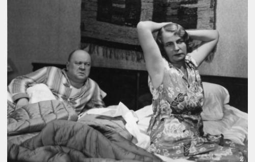 herra Keinänen (Heikki Välisalmi), rouva Keinänen (Hilja Jorma)