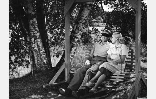 Erkki Viljos ja Helena Kara.