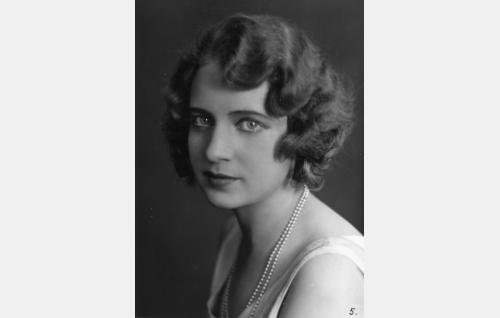 Iris Knape
