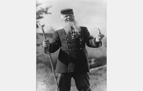 Korni-Mikko, Turkin sodan veteraani (Toppo Elonperä).
