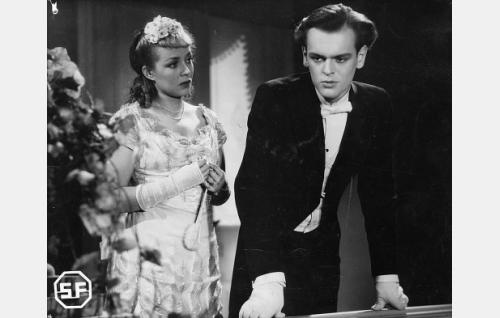 Helena Kara ja Leif Wager.