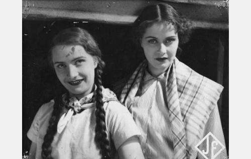 Maija-Liisa Fredman ja Kirsti Hurme.
