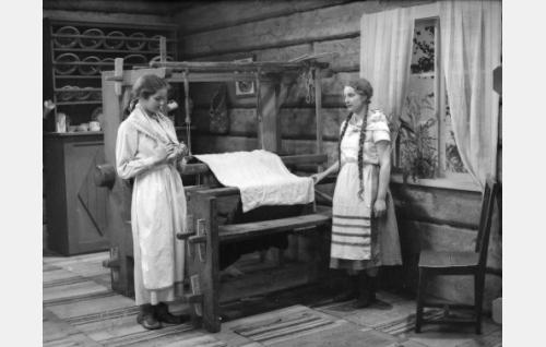 Kirsti Hurme ja Maija-Liisa Fredman.