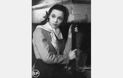 Anna-Kaisa Hyvärinen (Nora Mäkinen).