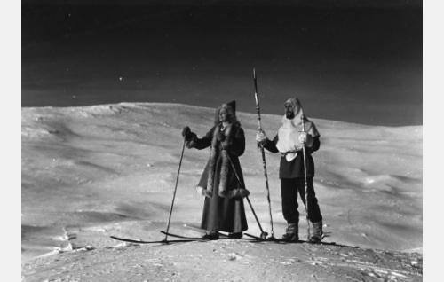 Hanna Taini ja Olavi Reimas.