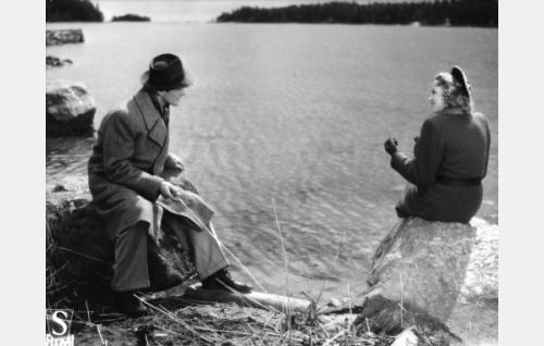 Tapio Nurkka ja Lea Joutseno.