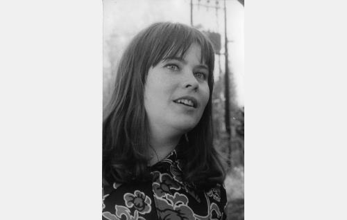 Tuula Nyman, Liisa Suomies (Tuula Nyman)
