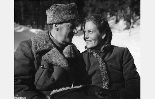 Joel Rinne ja Irma Seikkula.