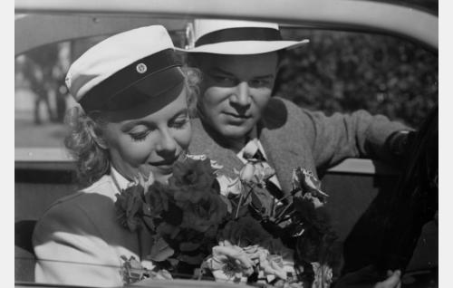 Regina Linnanheimo ja Unto Salminen.