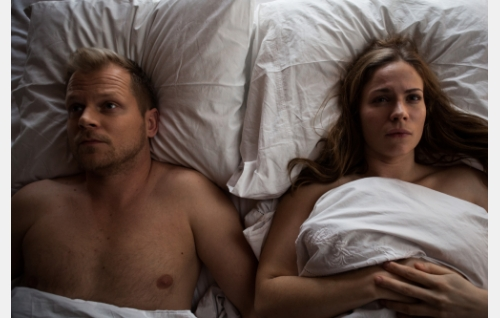 Ricky (Antti Luusuaniemi) ja Annika (Pihla Viitala). Kuva: Kimmo Metsäranta © 2015 Huh huh -filmi Oy.